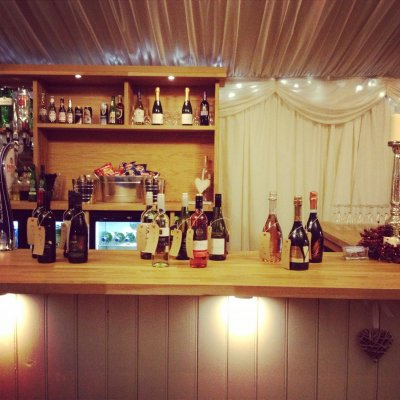 The bar at Crockwell Farm wedding venue.