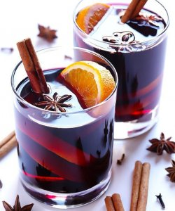 Mulled wine for reception drinks.
